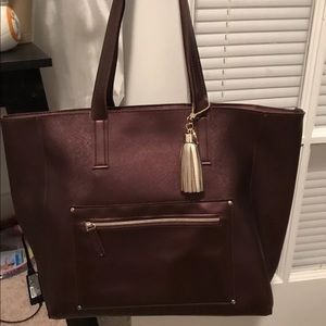 Bath body works burgandy Black Friday tote only